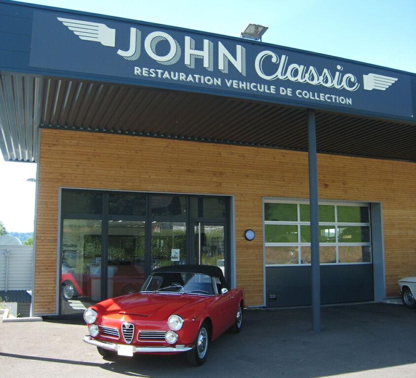 JOHN CLASSIC